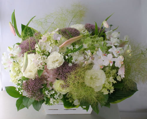 初夏のお供え花 a110617