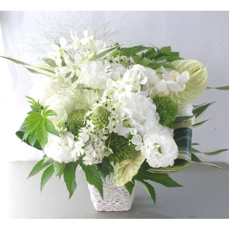白色基調のお供え花 a122713